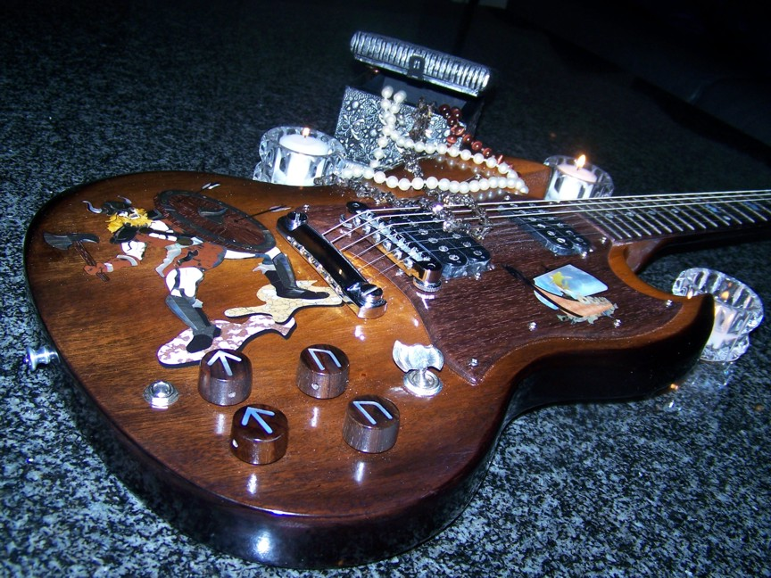 Custom Inlay,Guitar Inlay,Gibson,Gibson SG,Shark Inlay,The Viking,Cliff Suttle